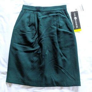 Vintage 100% wool Emerald Green Skirt